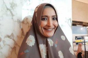 9 Potret Rumah Mewah Inneke Koesherawati di Tengah Kawasan Elite