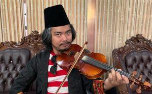 11 Potret Rumah Dodit Mulyanto | Lokasinya di Tengah Hutan, Berani Tinggal di Sini?
