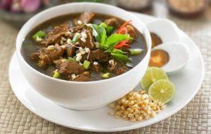 10 Rekomendasi Kuliner Surabaya yang Paling Enak | Perut Kenyang, Hati Senang