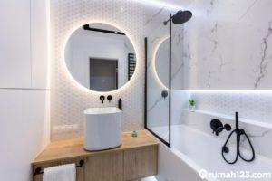 9 Desain Kamar Mandi Minimalis dengan Bathtub, Bisa Buat Rumah Kecil!