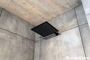 6 Rekomendasi Shower Kamar Mandi Minimalis Harga Kurang dari Rp200 Ribu