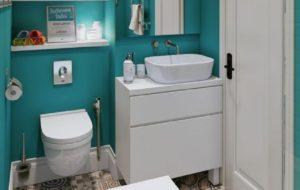 7 Pilihan Warna Terbaik Kamar Mandi Minimalis, Bikin Ruangan Jadi Lebih Lega