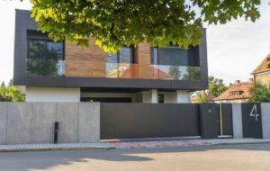 10 Inspirasi Desain Pagar Beton Minimalis, Rumah Jadi Lebih Cantik