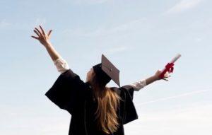 5 Jurusan Sedikit Peminat Tapi Peluang Kerja Besar | Kuliah di Sini Saja, Tidak Banyak Saingan