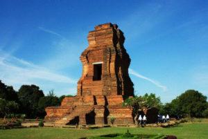 20 Daftar Kerajaan Tertua di Indonesia Bercorak Hindu Budha Terlengkap