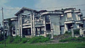 Potret Rumah Mewah Angker di Surabaya, Seluruh Penghuninya Meninggal Secara Tak Wajar